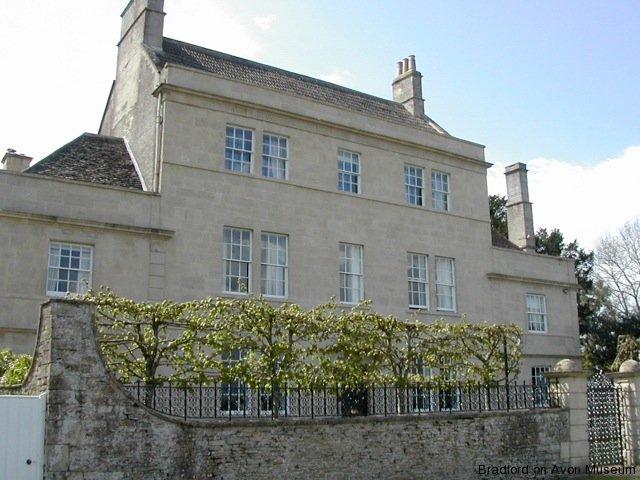 Hollybrook House, Broughton Gifford