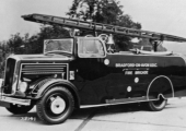 Bradford UDC fire engine 1937-8