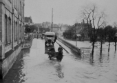 Bradford Town Bridge flooded, 1920s
