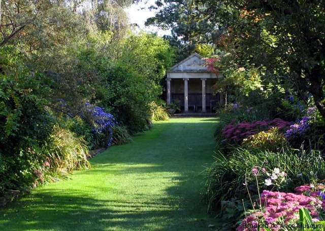 The Courts Garden, Holt