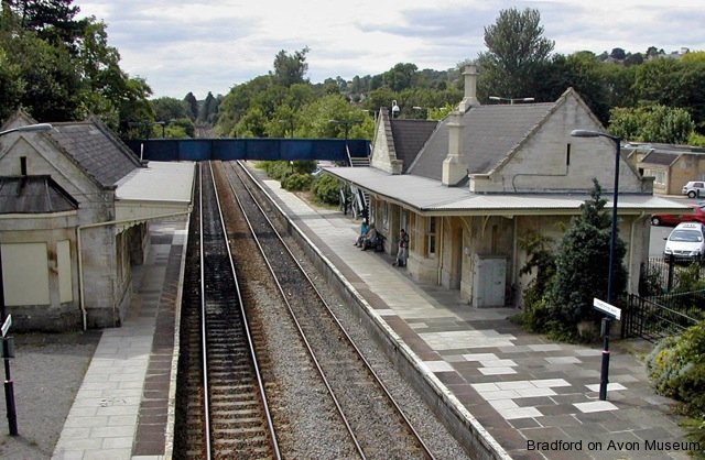 Bradford on Avon station
