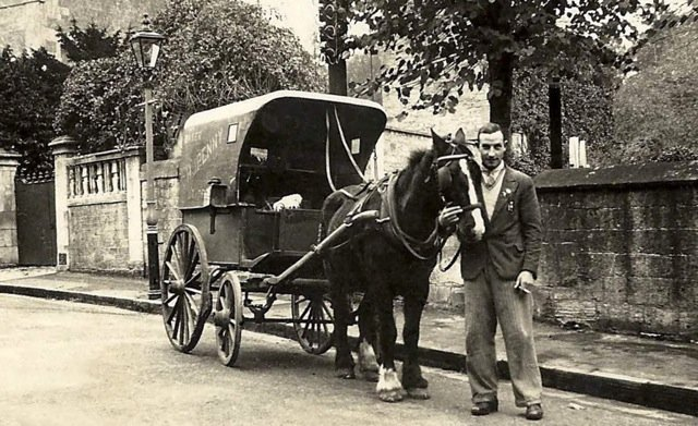 H.J. Penny's bakery delivery wagon, Bradford on Avon