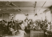 Beavens' glove factory, Holt, 1930s