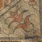 Mosaic corner motif
