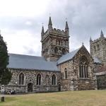 Wimborne Minster (photo by Memorino, Wikipedia)