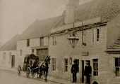 The Three Horseshoes, Frome Road