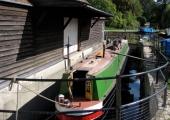 Canal gauging dock