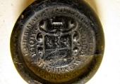 Holt Spa water bottle medallion