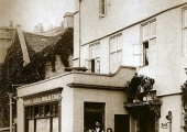 Masons' Arms pub in the 1890s