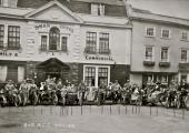 Motorcycle club, Swan Hotel 1912