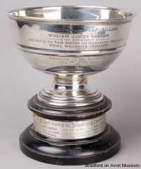 Rose bowl trophy awarded in 1908 to William James Wadman for shooting
