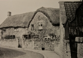 thatched house, Winsley