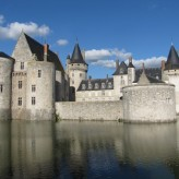 Twin Town: Sully-sur-Loire