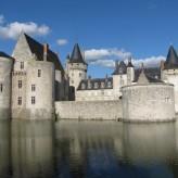 Twin Town: Sully-sur-Loire